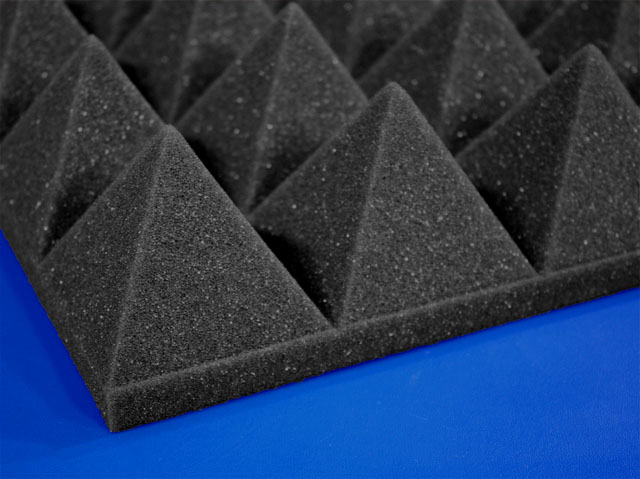 Three Inch Pyramid Foam For Soundproofing And Sound Control